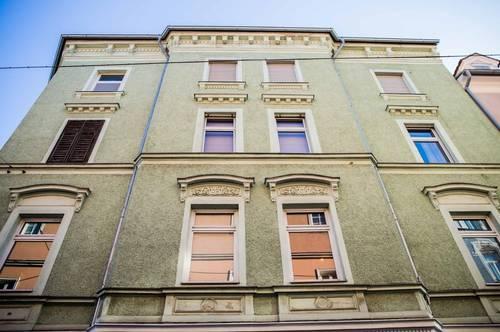 In absoluter Bestlage im beliebten Grazer Bezirk St. Leonhard - Wunderschönes 5-geschossiges Stilaltbaueckzinshaus
