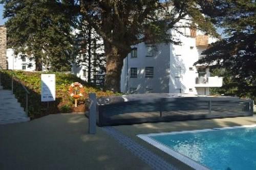 Schöne 3 Zimmer Maisonette mit Balkon und Terrasse