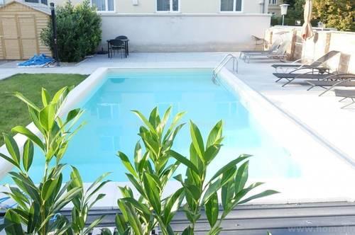 Wohnen mit Pool: Schöne Dachgeschoßwohnung im Herzen von Bad Vöslau