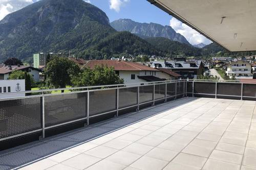 Traumhafte Penthousewohnung mit Blick über Jenbach - zur Miete