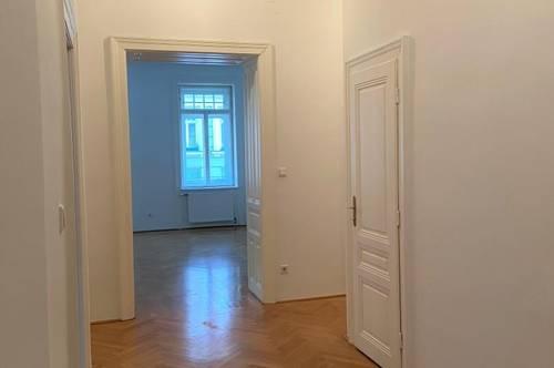 4-Zimmer Wohnung im ruhigen Viertel