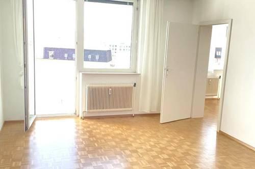 Geidorf! Helle, sonnige 2-Zimmerwohnung mit Balkon!