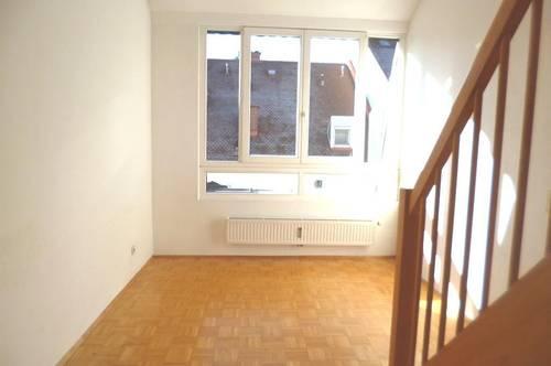 Schöne & Sonnige 3-Zimmer Maisonette mit Terrasse!