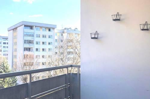 Nähe Carneri Gymnasium! Schöne 3-Zimmerwohnung mit Balkon!
