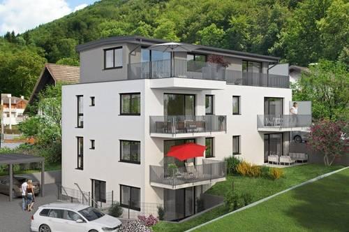 Herausragendes Büro mit Terrasse und Garten