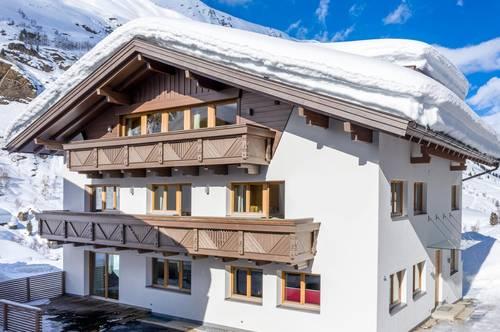 Einzigartiges Ski-in/Ski-out Chalet auf 1.930m