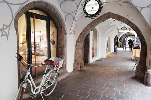 Bestlage: Exklusiver feiner Shop/ Geschäftsraum / Imagestore  ca. 51 m² in der Innsbrucker Altstadt