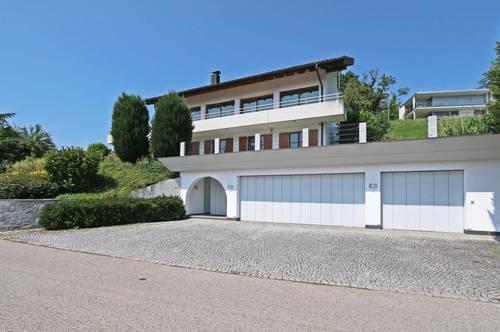 Villa mit Panoramablick am Südhang