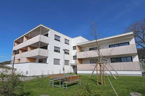 4-Zimmerwohnung mit Balkon zur Miete!
