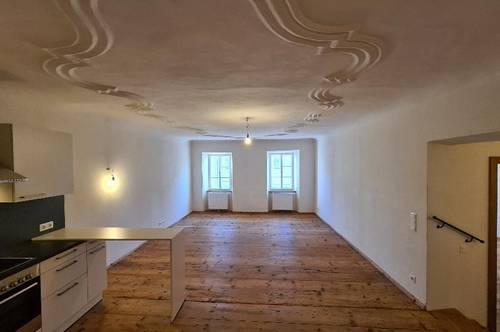 Große 2 - Zimmer - Traum - Wohnung in der Halleiner Altstadt