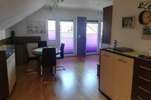 Zirl: zentrale 3 Zimmerwohnung mit Parkplatz um € 930.--