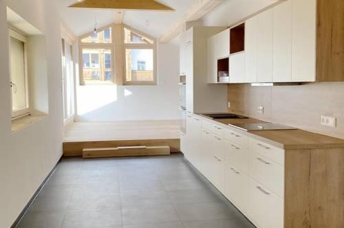 Erstbezug - coole 2-Zi DG Wohnung +16qm WEST-Terrasse