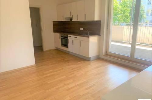 Helle 2 Zimmerwohnung mit großer SÜDTERRASSE - NÄHE SCS / Strassgang ab 01. Jänner 2021