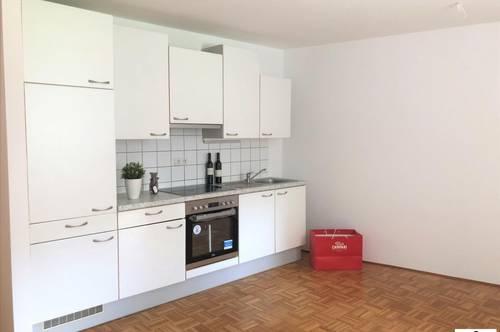 GEIDORF // TOP 2 Zimmerwohnung - auch optimal geeinet für eine WG !