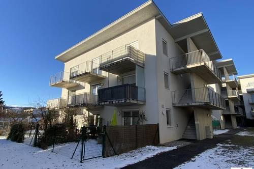 TOP 3 Zimmer Wohnung - Balkon - Parkplatz - Straßgang