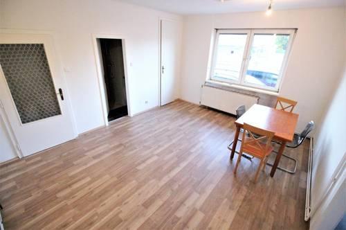 1980 EUR/m²: 2-Zimmer-Wohnung in zentraler Lage