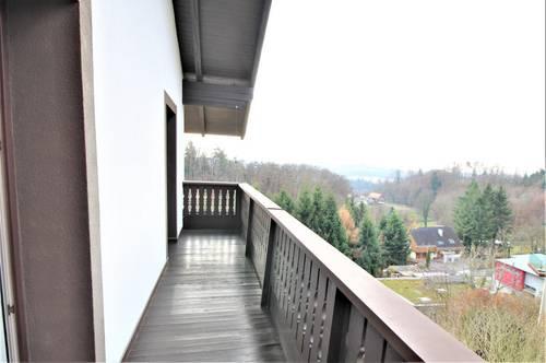 Stilvolles Gästehaus mit sonniger Terrasse