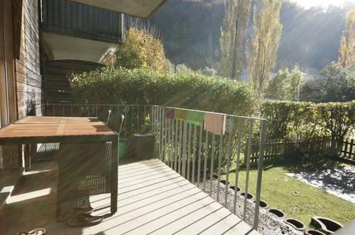 Charmante Gartenwohnung mit Terrasse und Carport