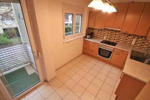 Geräumiger Wohntraum mit drei Balkonen