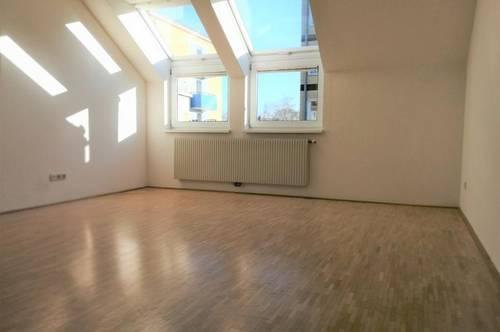 Ruhige Wohnung im Gebiet Scharlinz!