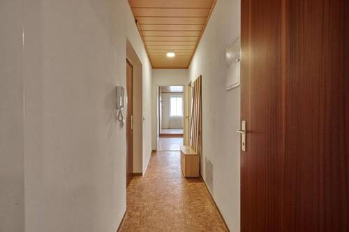 2-Zimmer-Wohnung in Alturfahr!