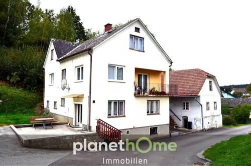 Wohnhaus mit Nebengebäude, freie Baufläche vorhanden