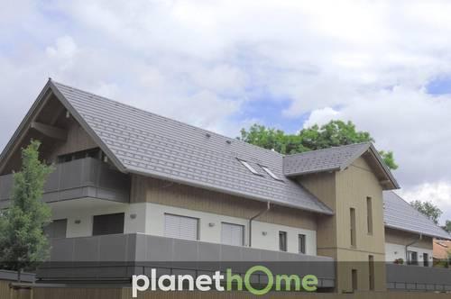 Dachgeschosswohnung, Neubau-Erstbezug mit großem Balkon!