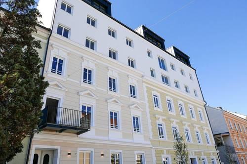 Charmante Altbauwohnung mit perfekter Raumaufteilung u. Balkon - Erstbezug nach Sanierung - PROVISIONSFREI