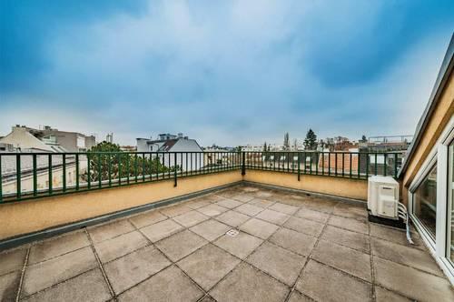Dachgeschossmaisonette mit Terrasse und Balkon Nähe Lainzer Straße