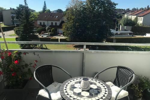 St. Florian: Freundliche 75 m² Wohnung mit Loggia