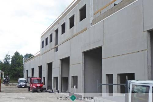 Neubau: Variabler Hallenkomplex in Autobahnnähe