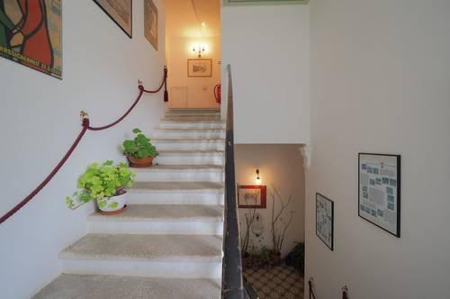 Erstbezug nach Sanierung - reizende Wohnung in Gründerzeitvilla!