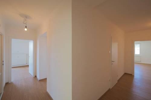 zentrumsnahe und umfassend sanierte Fünfzimmerwohnung mit Aussicht! provisionsfrei für den Käufer!