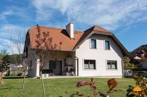 Wohnhaus und Lebensquelle - Triestingtal im südlichen Wienerwald