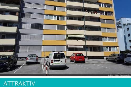 Renovierte 3 Zimmerwohnung- zentrale -ruhige Stadtlage - schöner Blick!