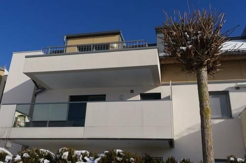 Exclusive 2 Zimmer- Terrassenwohnung mit TG Platz- Top Ausstattung