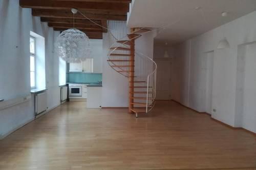 Extravagante 3 Zimmer- Maisonette Altbauwohnung mit Parkplatz- Andräviertel