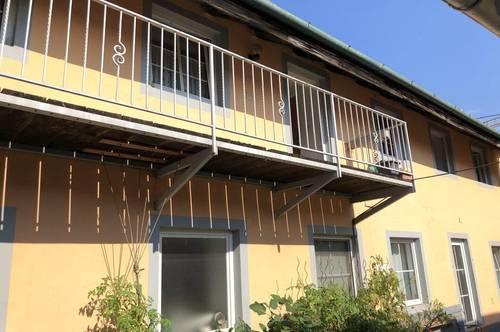 !! 2345 Brunn am Gebirge !! Schöne DG-Maisonettenwohnung in idyllischem alten Fuhrwerkerhaus zu vermieten!