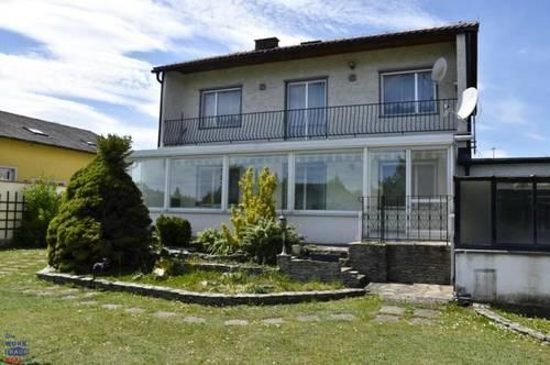 Einfamilienhaus auf sonnigen großzügigen Grundstück