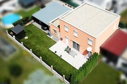 Modernes neuwertiges Einfamilienhaus in Siedlungslage