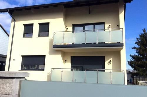 Neuwertiges Zweifamilienhaus in TOP LAGE!!!