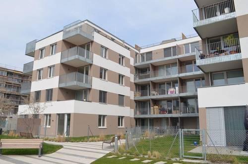 MAXIMILIANSTRASSE! DACHGESCHOSS! Erstbezug, klimatisiertes 117 m2 Dachgeschoß mit 94 m2 Terrasse, 4 Zimmer, Komplettküche, 2 Bäder; exclusive Ausstattung, Fernblick!