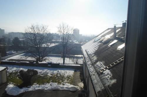 Wolfauerstraße:Für Single/Pendler!  Sonnige, nette Garconniere, ca. 25m2 WNFL, 1.Stock, (ohne Lift), in bester Urfahraner Lage, (Magdalena),
