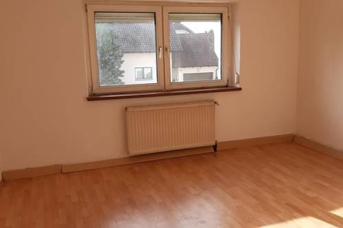 Einfache ca .86m2 Familienwohnung in zentraler Lage von Wels.