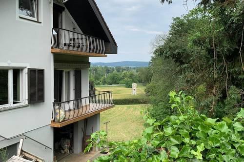 Wohnhaus mit großem Grundstück und Teich!