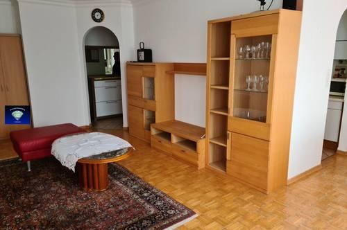 sehr gepflegte , vollmöblierte Mietwohnung mit Balkon - 013131000
