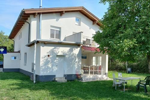 Zweifamilienhaus in Ruhelage - 001015