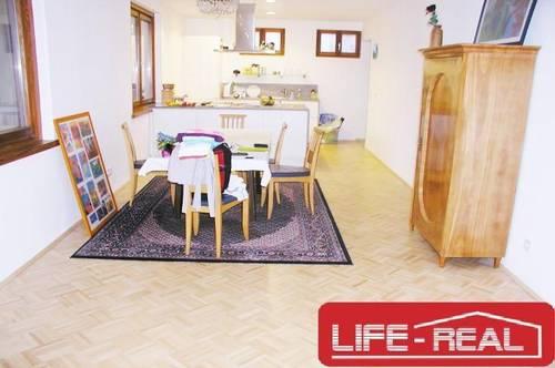 sanierte WG-geeignete Wohnung in Urfahr