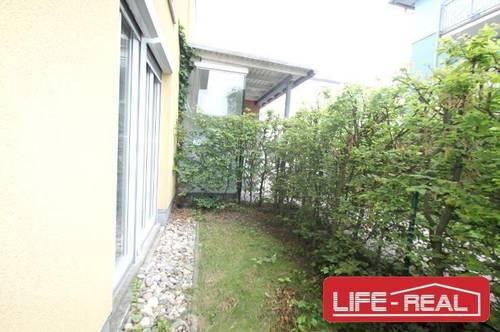 Schöne Wohnung mit kleinem Garten und Loggia in UNI-Nähe