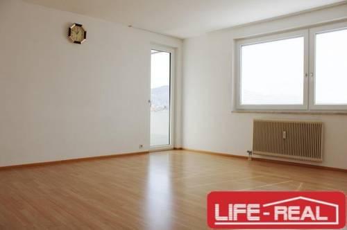 4 Zimmerwohnung Nähe Zentrum Linz/Urfahr mit TG-PLatz - nur Strom extra